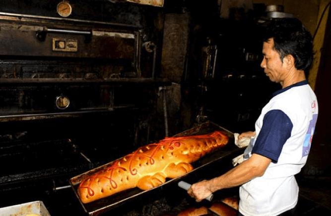 Roti Buaya Jakarta